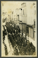 Guerre De 1914-18 . Châlons-sur-Marne . Convois De Prisonniers Allemands Dans La Rue D'Orfeuil . - War, Military