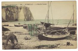 656  - ETRETAT -  A Marée Basse - Etretat