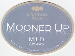 BRAYDON ALES (CHIPPENHAM, ENGLAND) - MOONED UP MILD - PUMP CLIP FRONT - Letreros