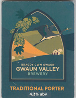 GWAUN BREWERY (FISHGUARD, WALES) - TRADITIONAL PORTER - PUMP CLIP FRONT - Letreros