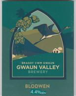 GWAUN BREWERY (FISHGUARD, WALES) - BLODWEN - PUMP CLIP FRONT - Letreros