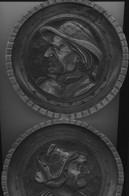 Zwei 120 Jahre Alte Holz-Wandtafeln, Original Holzschnitzarbeiten Aus Frankreich - Autres