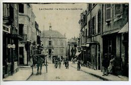 CPA 58 LA CHARITE Mairie Et Grande Rue Animation Attelage Magasins - La Charité Sur Loire