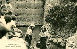 DEBDOU Maroc Femmes Juives à La Fontaine   . 2107 - Jewish