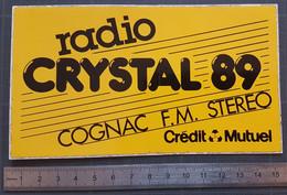 Autocollant Sticker Adhésif Vintage - Années 1980 - Radio Crystal 89. Cognac F.M. Stéréo - Crédit Mutuel - Stickers