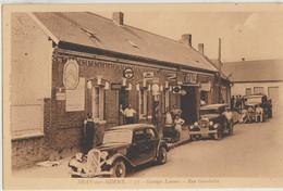 Bray-sur-Somme  80   Garage ( Lannou ) Et Route Tres Tres Animée_Voitures-Pompe A Essence Et Camion - Bray Sur Somme