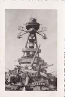 PHOTO ORIGINALE 39 / 45 WW2 WEHRMACHT FRANCE TOULON BATEAU A QUAI APRES LE SABORDAGE LE COLBERT - Guerra, Militari
