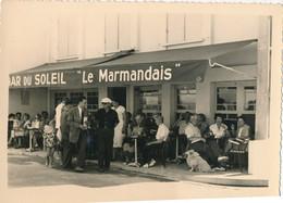 """Photo (12 X 8,5 Cm) : SOULAC - Bar Du Soleil - Le Marmandais"""" Face à L'océan (1953) (BP) - Lugares"""