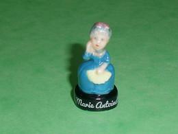 Fèves / Fève / Personnages : Marie Antoinette   T20 - Personnages