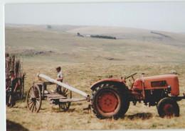 CPM 48 NASBINALS ... Montorzier, Buron Du Théron, Après La Traite (Livenais JE200789) Tracteur - Sonstige Gemeinden