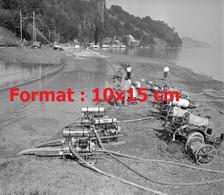 Reproduction Photographie Ancienne De Pompes Avec Pompiers Pour L'inondation à Leissingen  Lac De ThouneSuisse 1969 - Riproduzioni