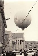 Photo Ancienne Foire Kermesse De L'ascension Ballon Montgolfière Nivelles Brabant Wallon - Luoghi