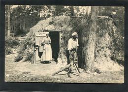 CPA - EN SOLOGNE - Une Cabane De Bûcheron, Animé - Unclassified