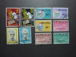 MALAYSIA, Années 1963-66, YT N° 4-5-9-10-11-14-15-16-33-34 Oblitérés (cote 8 EUR) - Maleisië (1964-...)