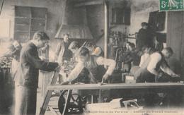 02 Ecole Superieure De Vervins, Atelier De Travail Manuel - Vervins