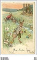 N°5230 - Lapins Habillés Prenant De L'eau Dans Un Ruisseau Dans Un Champ D'oeufs - Easter