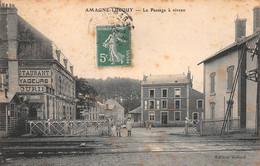 08 - Amagne-Lucquy - Passage à Niveau Animé - Barrières Ouvertes - Restaurant Des Voyageurs - Other Municipalities