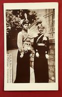 CPA  CARTE PHOTO TATIANA Et OLGA NIKOLAIEVNA ROMANOV FILLES Du TSAR DE RUSSIE NICOLAS II - Fotografia