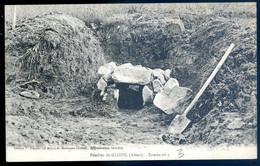 Cpa Du 03 Fouilles De Glozel -- Tombe N° 2  NOV20-57 - Sonstige Gemeinden