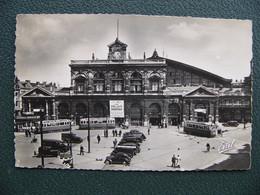 Cpsm LILLE 59 Nord La Gare Publicité Chocolat Menier Sur Tramway Devant La Buvette - Lille