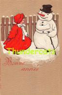 CPA EN RELIEF GAUFREE ENFANT FILLE  NEIGE  EMBOSSED CARD CHILD GIRL SNOW BONHOMME DE NEIGE PUPPET SNOWMAN - Kinder-Zeichnungen