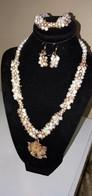 COLLIER PERLE DE CULTURE D'EAU DOUCE AVEC BOUCLE D'OREILLE ET BRACELET - Necklaces/Chains