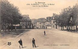 SAINT BRIEUC - Place Saint Michel Vers La Rue Saint Michel - Très Bon état - Saint-Brieuc