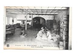 11945 - 12 - ROQUEFORT : La Fabrication Du Fromage, Salle D'Emballage, - Roquefort
