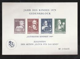 """Oesterreich - 1979 - Vignetten-Gedenkblock """"Jahr Des Kindes"""" (*) (0093) - Blocks & Sheetlets & Panes"""