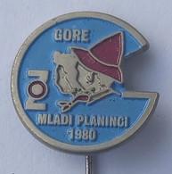 MLADI PLANINCI 1980 SLOVENIA -- CLIMBING SOCIETY, MOUNTAINEERING, ALPINISM PINS BADGES P4/7 - Alpinisme
