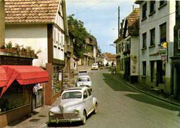PFAFFENHOFFEN  Rue Du Dr A Schweitzer Commerces Voitures Peugeout 203 Gros Plan Dauphine ..RV - Andere Gemeenten