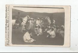 REGION PERREGAUX ORAN CARTE PHOTO AVEC GENDARMES FRANCAIS A CHEVAL ET GROUPE LOCAL 1914 - Autres Villes