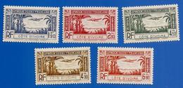 COTE D'IVOIRE PA 1 à 5  NEUFS ** - Unused Stamps