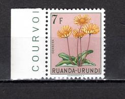 RUANDA-URUNDI   N° 192    NEUF AVEC CHARNIERE   COTE 1.25€    FLEUR - 1948-61: Neufs