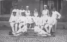 DIE INSASSEN Vom BLAUEN ZIMMER VEREINSLAZARETT STADTPARK OSCHERSLEBEN 1915 FELDPOST MILITARY PHOTO POSTCARD 51671 - War 1914-18