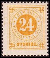 1877. Circle Type. Perf. 13. 24 øre Orange. Hinged. Thin Spot.  (Michel 23B) - JF414302 - Nuevos