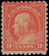 USA 1916-22 9c Salmon No Wmk Perf 10 Fine Lightly Mounted Mint (bend And Added Corner Perf). - Unused Stamps