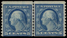 USA 1919 5c Blue Coil Small Holes Variety (Scott 496a) Joint Line Pair Fine Unmounted Mint. - Unused Stamps