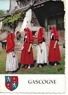 L100H209 - Gascogne - Pays De Bigorre - Fillettes Tenue De Sortie Avec Le Capulet - CAP -Blason - Costumes