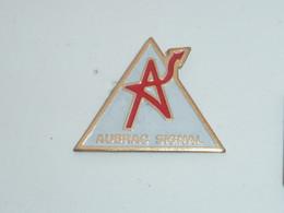 Pin's AUBRAC SIGNAL - Sonstige