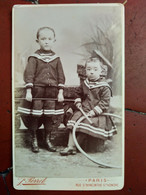 Photographie Ancienne CDV Garçonnets Et Leurs Jouets - Photo Perret à Paris  BE - Alte (vor 1900)