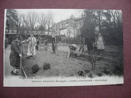 CPA 39 LONS LE SAUNIER Institut Familial Ménager ANIMEE Jardinage METIERS FEMME JARDINIER CARTE ENTIERE ...non Coupée - Lons Le Saunier