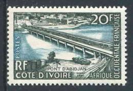 """TIMBRE** De 1958 Gommé D'A.O.F. """"20 F. - COTE D'IVOIRE - PONT D'ABIDJAN"""" - Ongebruikt"""