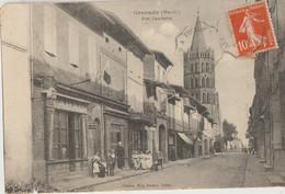 Grenade  31   La Rue Gambetta  Bien Animée-devant Tabac Et Epicerie - Andere Gemeenten