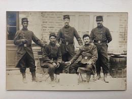 Foto Ak Soldats Francais Uniform - Guerre 1914-18