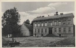Langenhain - Schule M. Kriegerdenkmal - Waltershausen