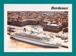 33 Bordeaux Le Port Bateau Ferry Paquebot - Steamers