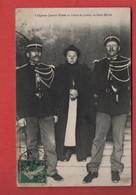 """Carte Postalee1908""""L'OGRESSE JEANNE WEBER AU PALAIS DE JUSTICE DE SAINT MIHIEL""""Meuse""""gendarmes""""crime""""infanticide""""meurtre - Saint Mihiel"""