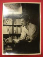 1946 Jean Marais Photo Dédicacée à Jacques Vauclair Photographe  24x18 Cms Dos Scanné Sans éditeur - Gehandtekende Foto's