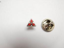 Superbe Pin's En Zamac , Auto Logo Mitsubishi - Mitsubishi